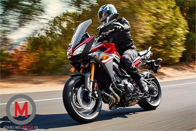 "Yamaha ""tdm"" 2015 !! 2015-Yamaha-FJ09_action_5"