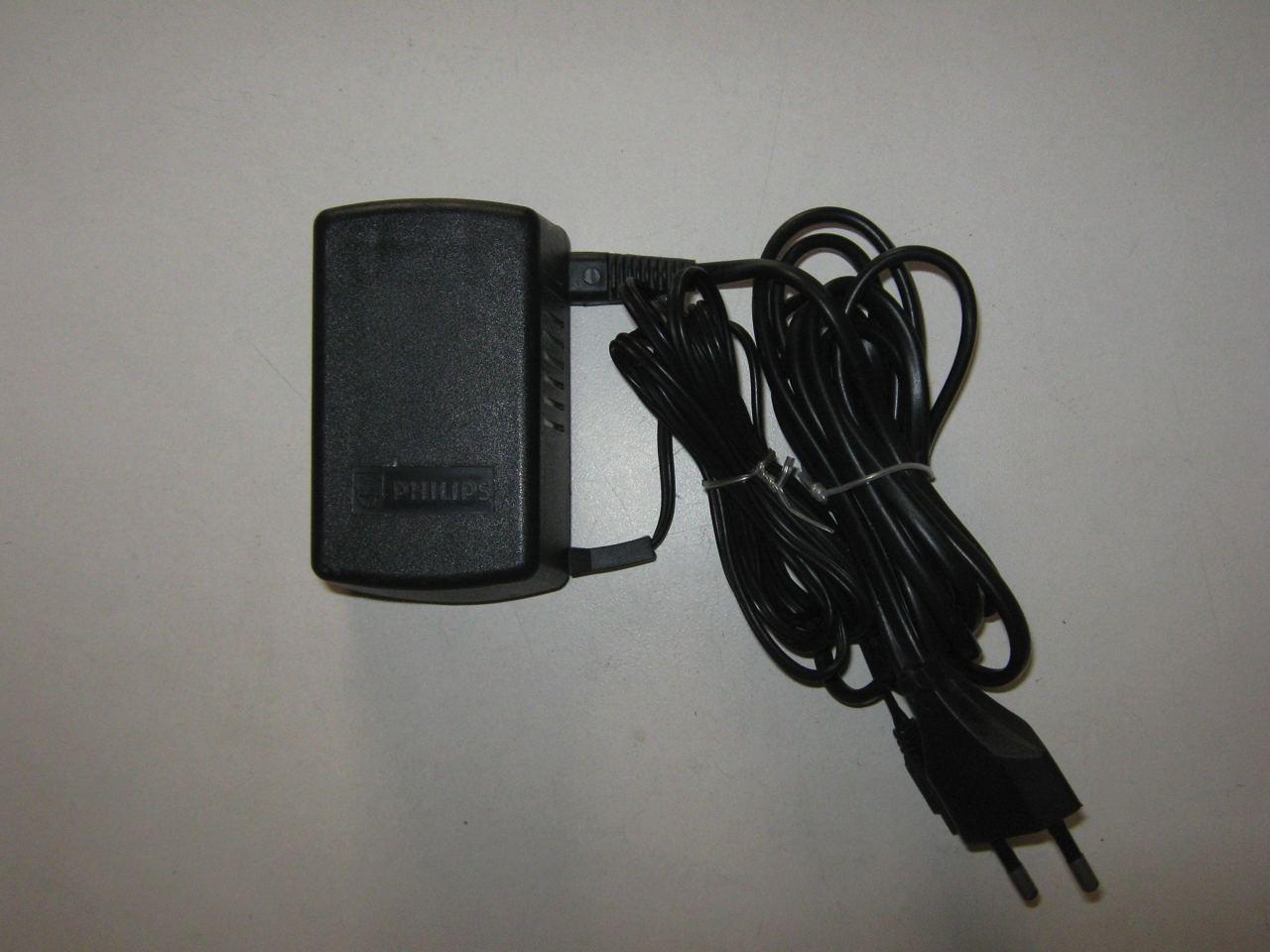 Quel connecteur pour une alim Videopac G7000 ? Img_2372