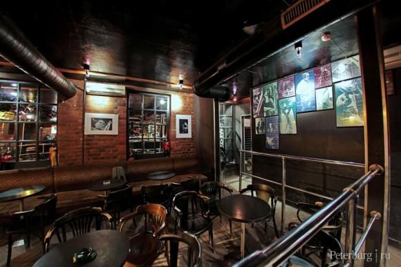 SAINT PETERSBURG: NIGHTLIFE AND CLUBS Vita-notturna-San-Pietroburgo-JFC-Jazz-Club-580x386