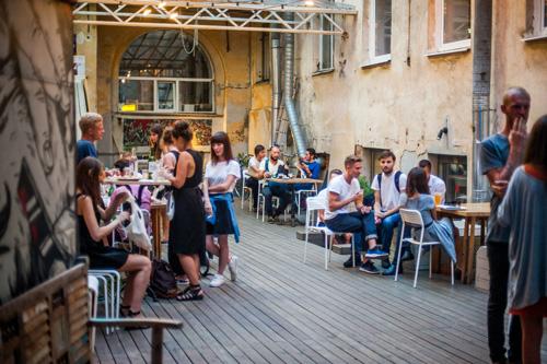SAINT PETERSBURG: NIGHTLIFE AND CLUBS Vita-notturna-San-Pietroburgo-Taiga-Creative-Space