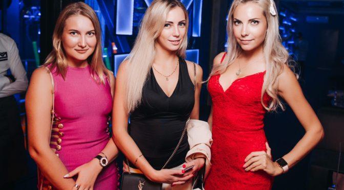 SAINT PETERSBURG: NIGHTLIFE AND CLUBS Vita-notturna-San-Pietroburgo-discoteche-locali-notturni-672x372