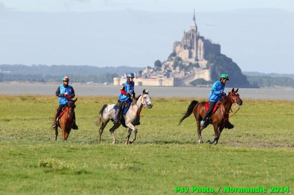 les chevaux.. - Page 6 Endurance-4%C3%A8me-boucle