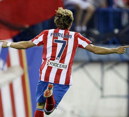 Atletico de Madrid Vs Valencia Jornada 24 Diego-forlan