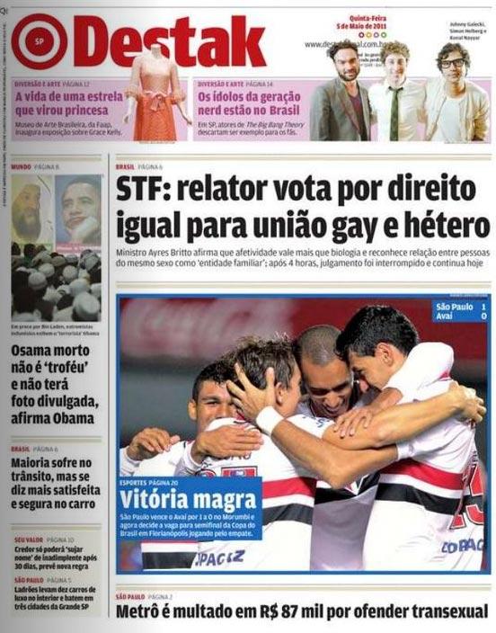 Fórum   ContrabaixoBR   Futebol   Clube - Página 10 Jornal-fala-de-homosexualismo-e-mostra-foto-do-sao-paulo