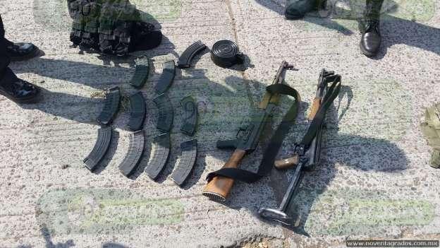 Abandonan camioneta y hallan armamento tras persecución en Zamora 1-grande