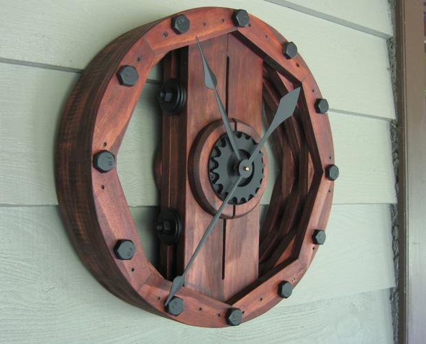 நேரம் பழையதாகிவிட்டது  - Page 3 Industrial-wheel-wall-clock
