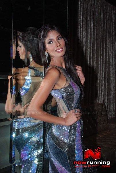 Official thread of MISS EARTH 2010 - Nicole Faria (India) Miss-Earth-Nicole-Faria-welcome-bash-47