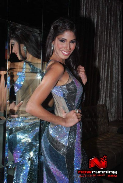 Official thread of MISS EARTH 2010 - Nicole Faria (India) Miss-Earth-Nicole-Faria-welcome-bash-48