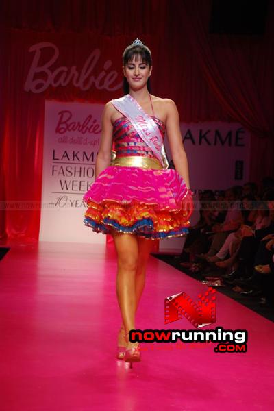 Katrina Kaif Barbie doll Ramp Walk at 2009 Lakme Fashion Week DSC_0109