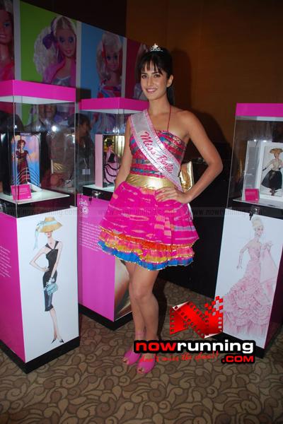 Katrina Kaif Barbie doll Ramp Walk at 2009 Lakme Fashion Week - صفحة 2 DSC_0211