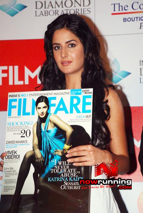 Katrina unveils Filmfare issue DSC_0259
