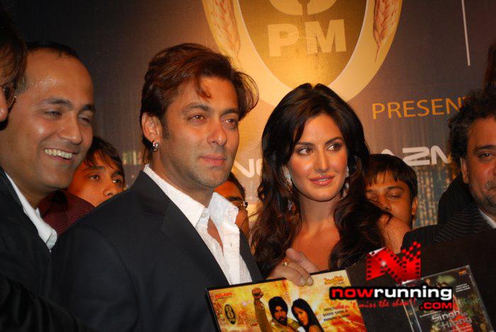 Salman Khan & Katrina unveils Singh Is Kinng music album Singhkinng15