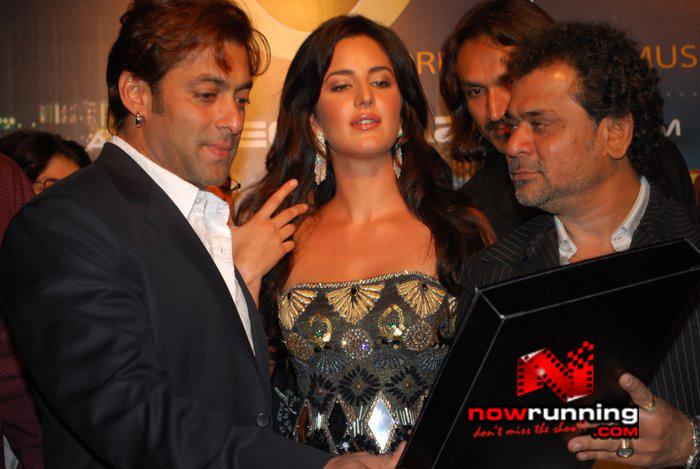 Salman Khan & Katrina unveils Singh Is Kinng music album Singhkinng16
