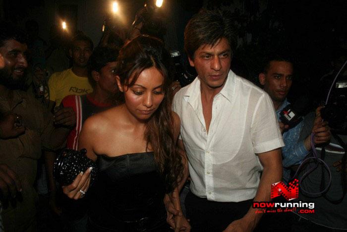 Salman Celebrates Kats B day 2008 IMG_7051