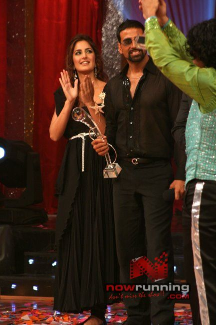 Katrina & Akshay Declares Prachi Winner Of Jhalak Jdj%2033
