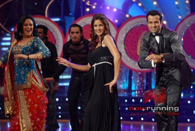 Katrina & Akshay Declares Prachi Winner Of Jhalak Jdj%2036