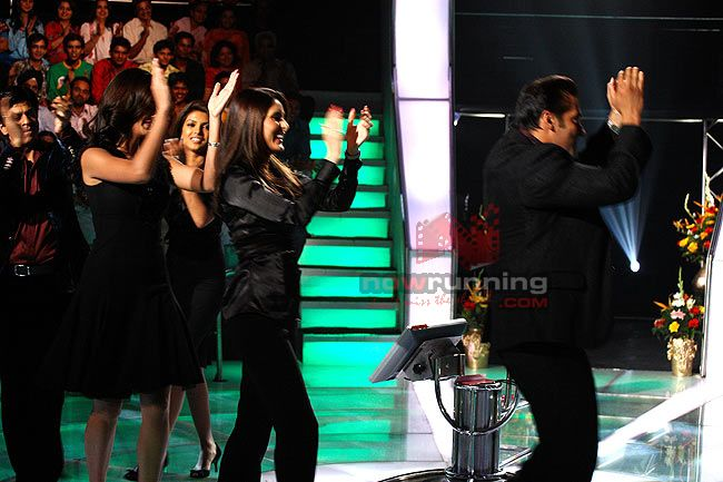 Salman and Katrina on KBC finale Kaun%20Banega%20Crorepati%2018