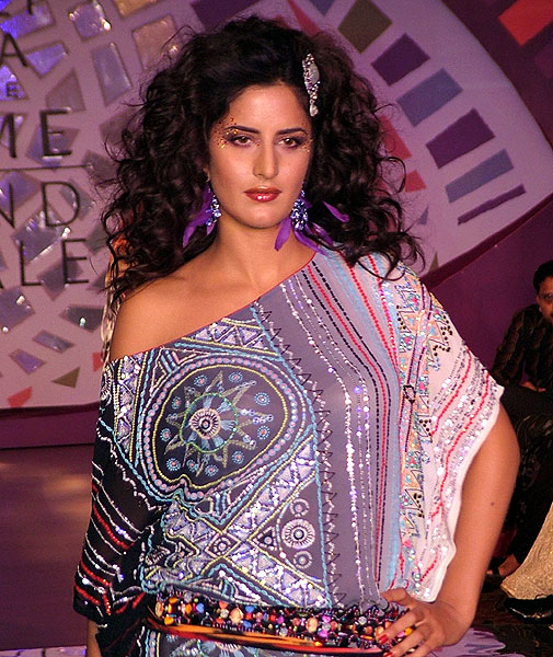 Katrina and Yana scorch the ramp at Lakme fashion show Lakme8
