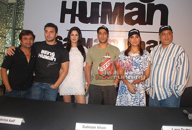 Katrina meet Sienna Miller at Partner screening Salman%20Khan%2032