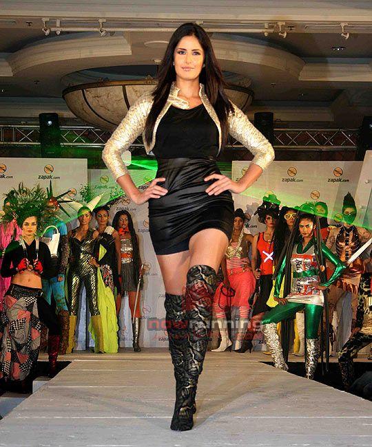 Malaika, Katrina Walk For Zapak Show Zapak%2043