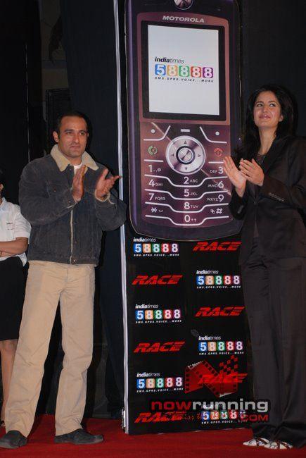 Akshaye and Katrina at Race-Indiatimes tie-up Race%2023