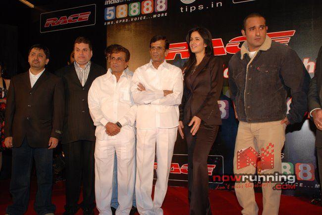 Akshaye and Katrina at Race-Indiatimes tie-up Race%2027