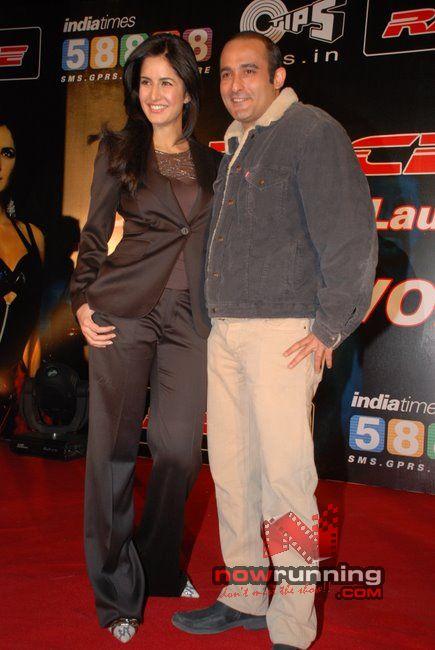 Akshaye and Katrina at Race-Indiatimes tie-up Race%2028