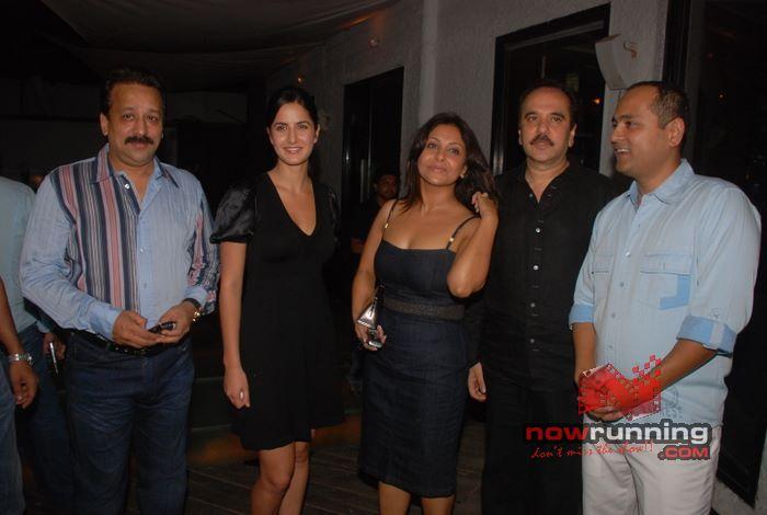 Katrina at Vipul Shah party Shefali%2044