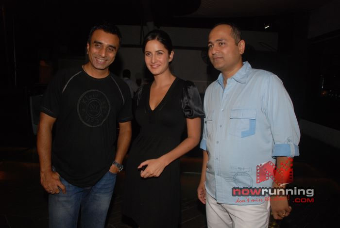 Katrina at Vipul Shah party Shefali%2045