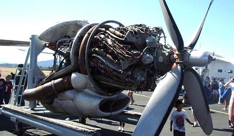 Hughes XF-11 (1/72, Anigrand) 4360_02
