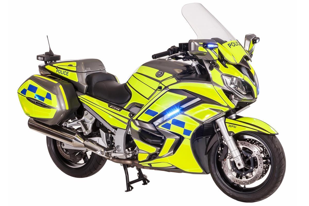 Yamaha version Police et Armée YAM_FJR1300APRO_UK_POLICE_STU_001_03