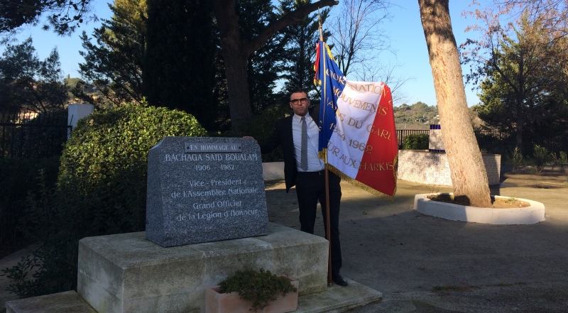 Mathieu Arrag, président de la coordination des harkis du Gard depuis 2011 ici à Santa Cruz devant la stèle du Bachaga Saïd Boualam  IMG_2192-e1453637522480-800x441