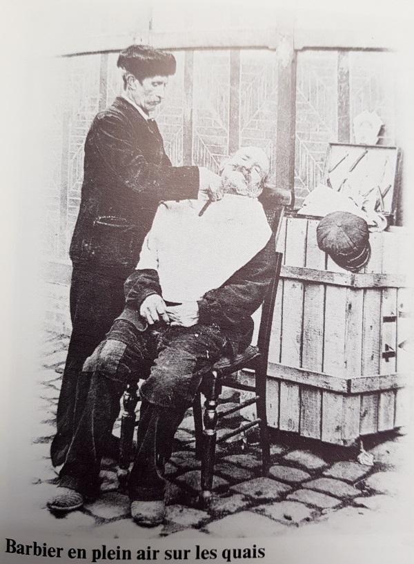 Barbier de rue à  Rouen avant 1900 Barbier_rouen
