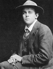 John Reed (1887-1920) - Biografía publicada en webcindario.es - en los mensajes: fotografías y enlace a un texto de Howard Zinn Reed