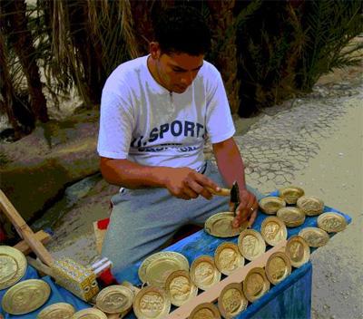 الصناعة التقليدية التونسية Tunisia-safari-2