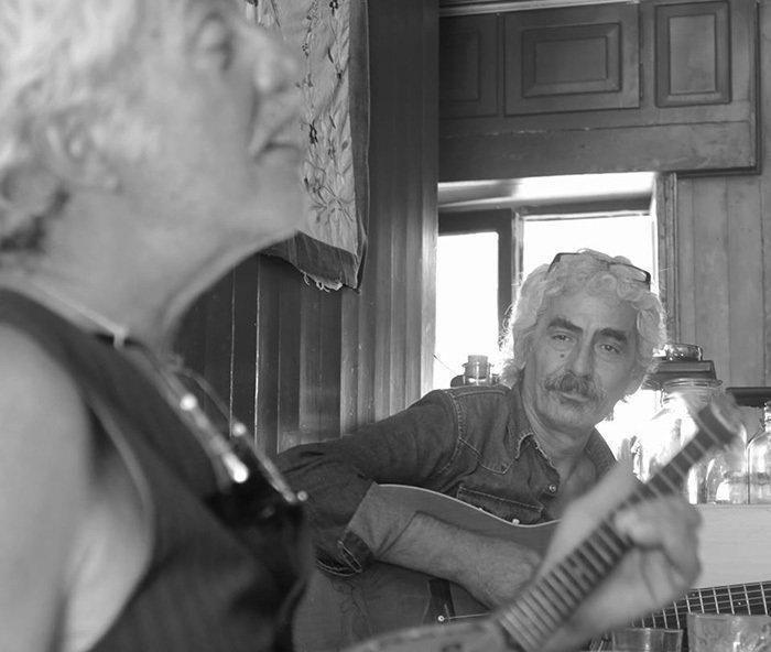 Τάκης Ανδρούτσος - Η κιθάρα των Πελόμα Μποκιού Androuts03