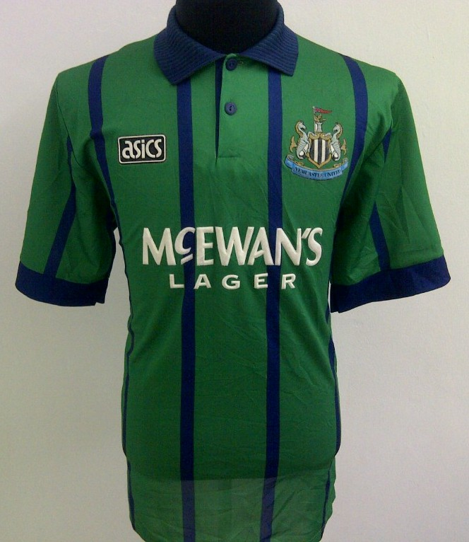 Novi dres za sezonu 2013/14? - Page 9 Newcastle-united-third-football-shirt-1993-1995-s_2643_1