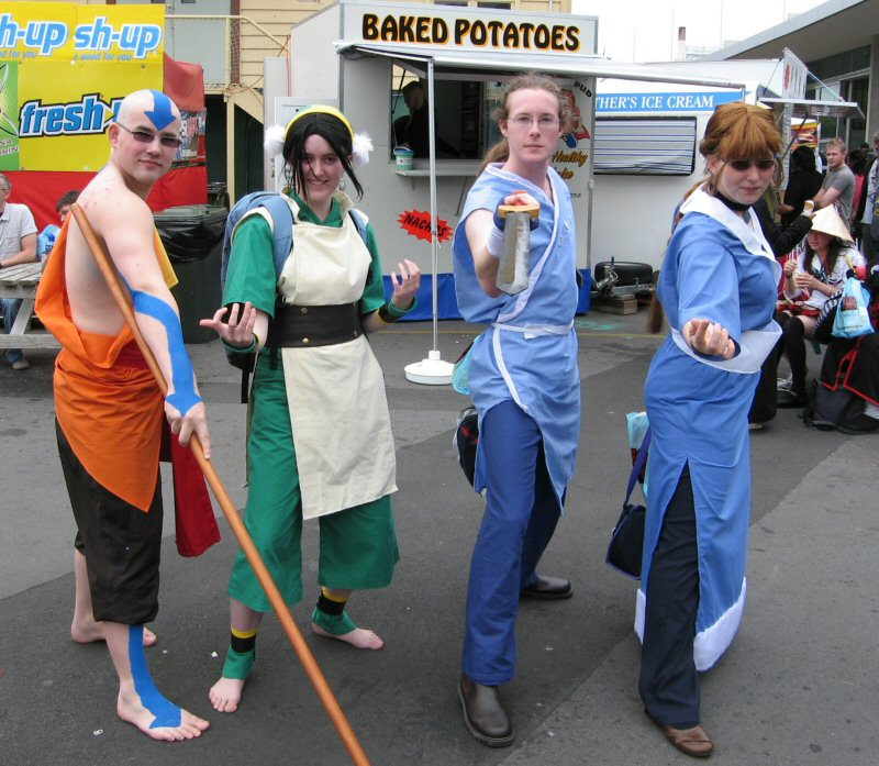 Avatar: The Last Airbender cosplay group - Page 8 Avatar-Group