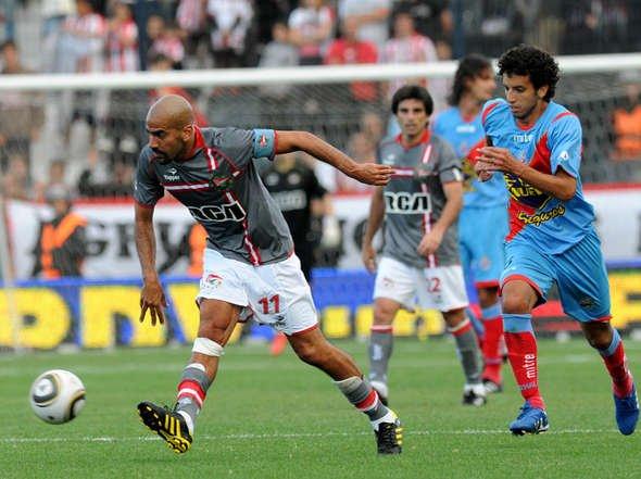 Estudiantes Campeón del Apertura 2010 Estudiantes-Arsenal_OLEIMA20101212_0094_6