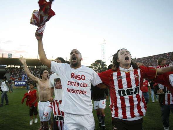 Estudiantes Campeón del Apertura 2010 Fotos-Estudiantes-campeon_OLEIMA20101212_0123_6