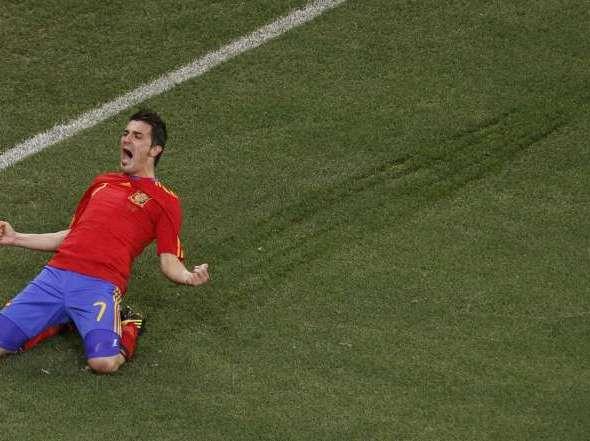 Llorente o Torres Festejo-Villa-cuarto-gol-Mundial_OLEIMA20100629_0092_6