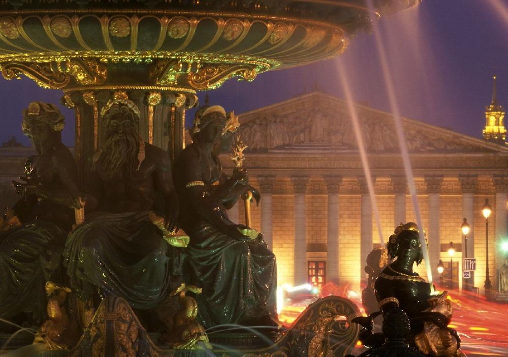 تعرف على باريس  paris معلومات وصور 1265.imgcache