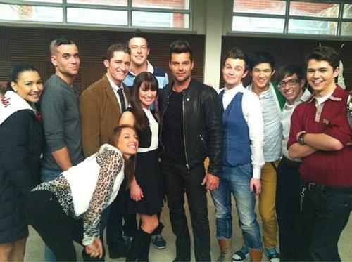 OMG, sexiest Spanish teacher ever: Ricky Martin on 'Glee'   Imagefromurl-thumb-500x373-6316