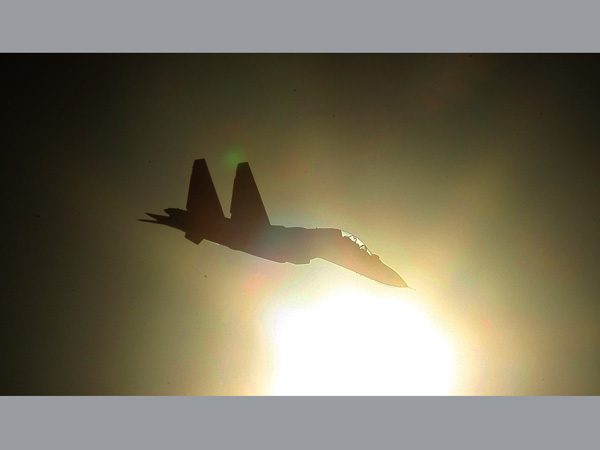 Armée Indienne / Indian Armed Forces 16-1426508814-sukhoi-2