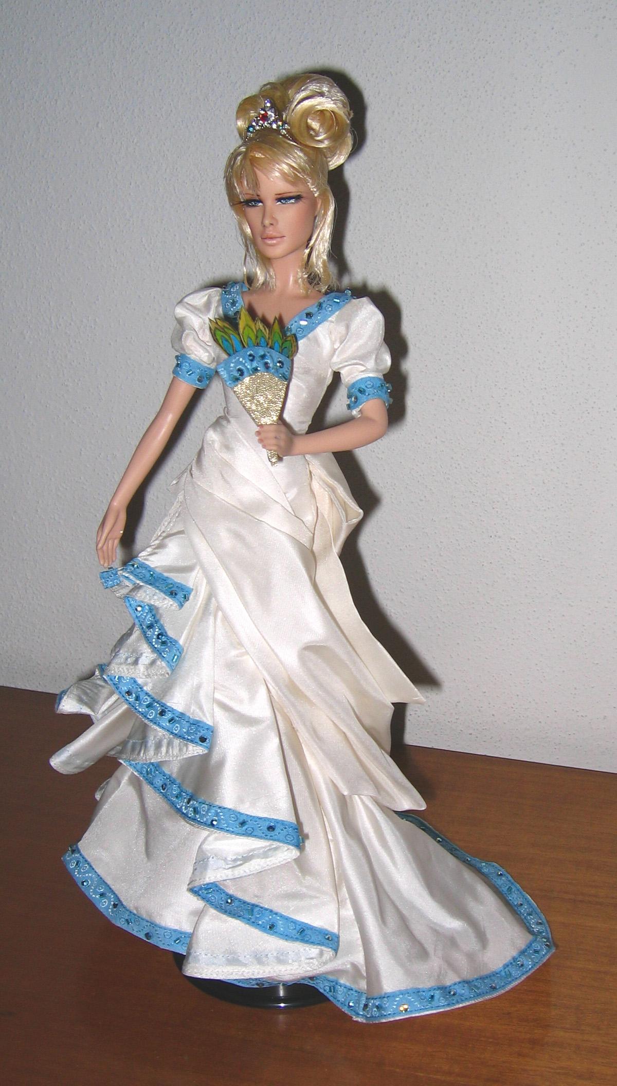 Petite revue des poupées Lady Oscar Foto646