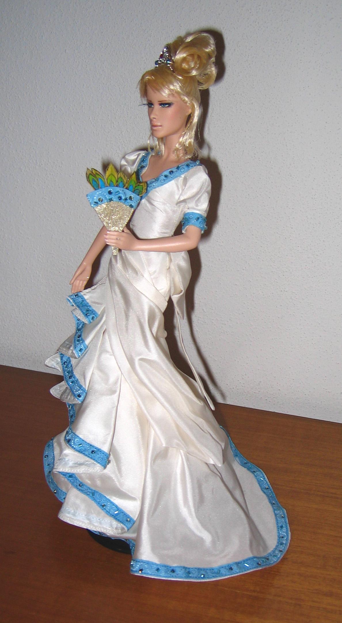 Petite revue des poupées Lady Oscar Foto647
