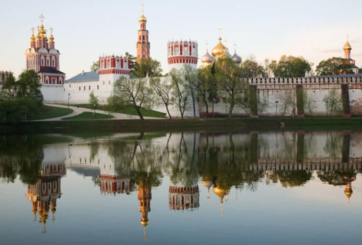 Rusija - Page 3 NovodevichyLake-69761248445957_0_500