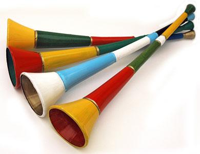 101 idee regalo per chi vi sta sul culo - Pagina 8 Virtual-vuvuzela-android