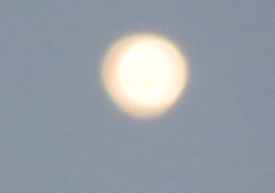 Bright white UFOs have been seen in Colorado for more than a month Bright_ufo_co2