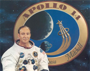 Edgar Mitchell - The 6th Man Who Walked on the Moon pushed for Alien/UFO Disclosure Edgar_mitchell_2